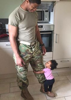 I love this photo... I use to do this to my father when I was little. pinterest: @black_love