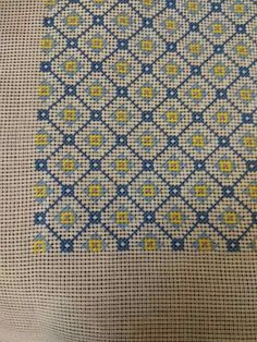 Beginning Embroidery, Cross Stitch Alphabet Patterns, Greek Pattern, Cross Stitch Cushion, Sashiko Embroidery, Needlepoint Designs, Lassi, Blackwork, Needlework