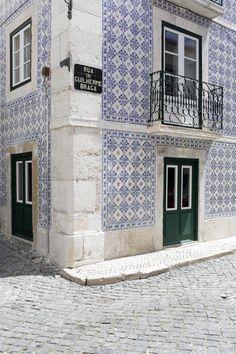 LISBON, PORTUGAL | JAYADORES