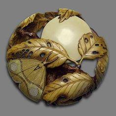 Резные пуговицы.Луна ,мотылек и листья     _    .Moon ,moth and leaves carved button..Natasha Popova.com