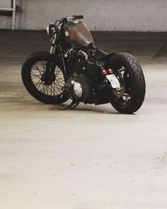 This is exactly what I imagine I will one day park in my driveway! Harley Davidson Sportster Bobber - Adam Wichmann #harleydavidsonstreet500