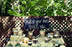 10 Creative DIY Wedding Favor Ideas