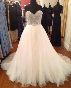 "This dress is called the ""Princess Cinderella"" wedding dress❤"
