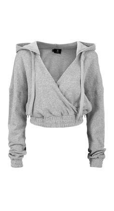 This soft grey cropped hoodie with plunging neckline is perfect for off duty days. Pair with the matching Drowsy Pant to complete the look. Cute Comfy Outfits, Stylish Outfits, Cropped Hoodie Outfit, Grey Hoodie, Hoodie Outfit Casual, Cute Hoodie, Mode Emo, Crop Top Outfits, Mode Streetwear