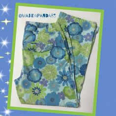 "☘IZOD Stretch Floral Capris☘ EUC ☘ Adorable pair of Capri pants! It's a mixture of greens and blues. There are 2 back button pockets and slit accents at the hem. Inseam is 24"". IZOD Pants Capris"