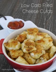These low carb fried cheese curds are a fantastically tasty keto friendly appetizer or snack! Gluten free recipe.