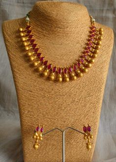Antique Jewelry Collection Chennai your Jewellery Stores Kanata not Jewellery Stores And Shops Hobart Dainty Jewelry, Antique Jewelry, Gold Jewelry, Jewelry Necklaces, Swarovski Jewelry, Crystal Jewelry, Jewelry Armoire, Antique Gold, Bridal Jewelry
