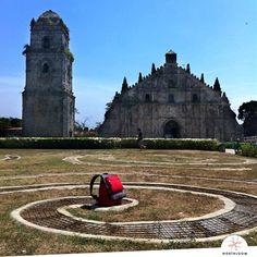Pilgrimage at the UNESCO Heritage Site church of Paoay, Ilocos Norte. Ilocos, Old Churches, Pilgrimage, Heritage Site, Philippines, Island, Building, Travel, Norte
