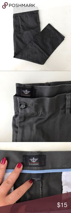 Dockers Charcoal Straight Fit Pants Chino dress pants 40*32 Dockers Pants Chinos & Khakis