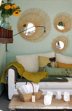 Mirrors – Home Decor : miroirs -Read More – Living Room White, Living Room Bedroom, Interior Design Living Room, Interior Design Inspiration, Home Decor Inspiration, Small Sitting Rooms, Home Decor Mirrors, Elegant Home Decor, Blog Deco