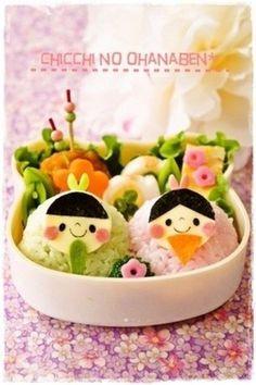 混ぜご飯でこんなに春らしいお弁当のできあがり☆