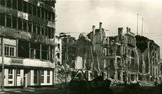 1945 Das ausgebombte Columbus-Haus noch unter dem Namen AWAG(aus Wertheim wurde im Zuge der Arisierung im Jahre 1937 die Allgemeine Warenhaus Gesellschaft AG