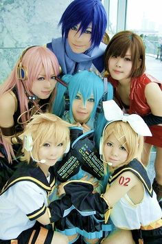 Kaito Shion, Luka Megurine, Meiko, Hatsune Miku, Kagamine Len & Rin Cosplay This is awesome Vocaloid Cosplay, Kawaii Cosplay, Cosplay Anime, Epic Cosplay, Cosplay Makeup, Amazing Cosplay, Cosplay Outfits, Cosplay Costumes, Group Cosplay