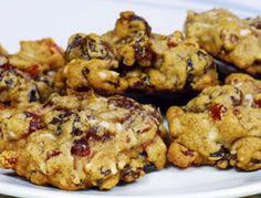Fruitcake cookies (i actually like fruitcake so these intrigue me)
