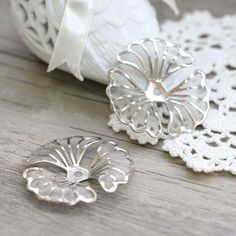 Silver-plated-meshes-flower-bead-caps-metal-pendant-37mm-10PCS-1-38-22
