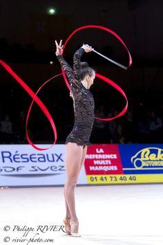 Ganna RIZATDINOVA, Ukraine, won the 1st place in ribbon finals at Grand Prix Thiais 2015