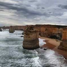 These limestone outcrops are a Victorian icon found on the wild coastline just 2 hours outside Melbourne city    A world of opportunity.  #travel #melbourne #aussies #12apostles by 1stcontact http://ift.tt/1ijk11S