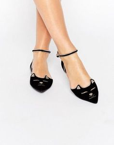 ASOS - LEXA - Ballerines plates pointues pour Halloween Chaussure Boots,  Pointu, Chaussures Sandales 24d69d1fba48