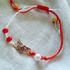 Macrame Bracelet Patterns, Macrame Bracelets, Jewelry Patterns, Easy Crafts To Make, How To Make, Baba Marta, Paracord Bracelets, Set Design, Friendship Bracelets