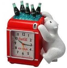 A Unique coco cola collectable polar bear alarm clock Vintage Coca Cola, Coca Cola Bottles, Pepsi Cola, Coca Cola Kitchen, Coca Cola Polar Bear, Coca Cola Christmas, Cola Cake, Always Coca Cola, Sodas