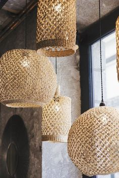 Natural jute pendant light shade for the rustic look Boho Lighting, Pendant Lighting Bedroom, Rustic Pendant Lighting, Rustic Lamps, Lighting Ideas, Plafond Design, Ceiling Texture, Home Decor Baskets, Hanging Ceiling Lights