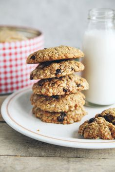 Spiced Orange Oatmeal Raisin Cookies from 'Bit of the Good Stuff'   Giveaway!