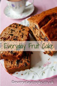 Everyday Fruit Cake is quick and easy to make using the all-in-one method. This recipe makes a traditional, moist fruitcake. Quick Fruit Cake, Light Fruit Cake Recipe, Fruit Cake Loaf, Best Fruit Cake Recipe, Fruit Loaf Recipe, Boiled Fruit Cake, Fruit Bread, Loaf Recipes, Baking Recipes
