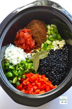 Cooker Black Bean Soup Slow Cooker Black Bean Soup - delicious and easy weeknight dinner Black Bean Recipes, Bean Soup Recipes, Vegetarian Recipes, Healthy Recipes, Vegetarian Cooking, Vegetarian Black Bean Soup, Vegetarian Barbecue, Crock Pot Soup, Crock Pot Cooking
