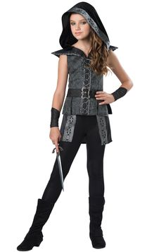 Go on the hunt with this Dark Woods Huntress Costume for tween girls. This nimble costume features a brocade-accented dress with lace up detailing. You're sure to pounce on your prey in no time with this deadly costume. Teen Girl Costumes, Tween Halloween Costumes, Dark Costumes, Best Couples Costumes, Halloween Kostüm, Movie Costumes, Couple Halloween, Children Costumes, Halloween Designs