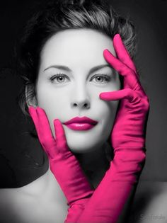 Looks like Liv Tyler. Probably is Liv Tyler. Original photo was red gloves. Liv Tyler, Steven Tyler, Color Splash, Color Pop, Lip Colour, Pink Color, Beautiful People, Beautiful Women, Red Gloves