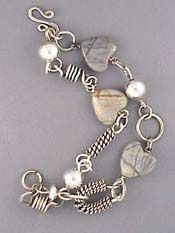 Love wire wrapped jewellery, this website has awesome tutorials about everything :-)