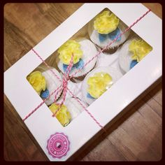 Yellow and lace cupcakes