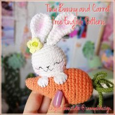 An adorable crochet bunny with carrot! Use this free amigurumi pattern to create your own bunny. You need YarnArt Jeans yarn and mm crochet hook. Crochet Amigurumi, Amigurumi Patterns, Crochet Dolls, Amigurumi Doll, Tiny Bunny, Easter Crochet Patterns, Crochet Rabbit, Holiday Crochet, Crochet Projects