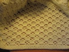 free crochet baby blanket patterns | Snuly Wuggly Big by Loops & Threads (1 ball)