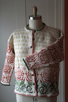 Another beautiful Scandinavian design from Solveig Hisdal.  ps136 finished by farwellclay, via Flickr
