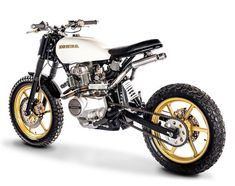 I'm keen on this beautiful scrambler motorcycle harley davidson Custom Motorcycles, Custom Bikes, Custom Cars, Custom Bobber, Bmw Motorcycles, Tracker Motorcycle, Scrambler Motorcycle, Women Motorcycle, Moto Cafe