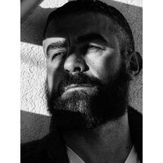 José Fotografía @mantrana #pictoftheday #portrait #retrato #man #men #style #fashion #manstyle #malestyle #estilo #photograohy #beardmen #beard  #blackandwhitephotography