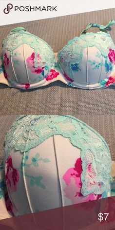 Candies Bra size Super cute floral push-up Bra. Has mint lace design on it. Size so cute. Satin Bra, Cute Bras, Lace Design, Bra Sizes, Fashion Tips, Fashion Design, Fashion Trends, Candies, Super Cute