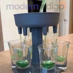 Diy Videos, Craft Videos, Food Videos, Animation Soiree, Glass Dispenser, Alcohol Drink Recipes, Cool Gadgets To Buy, Drinking Games, Cool Inventions