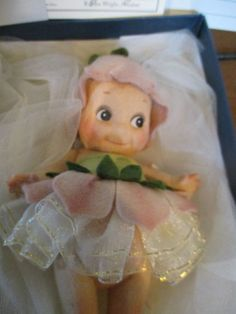 Bears John Wright 2000 Millennium Kewpie Coa And Tag Reads 119 Of 500 Kind-Hearted R Dolls & Bears