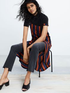 Whenever I'm browsing Madewell, I'm inspired by how they style their pieces, putting outfits together in such an effortless, cool way. Here are some fashion notes for your wardrobe inspired by their new collection… Tee Bag, Putting Outfits Together, No 6, Sewing Clothes, Madewell, Autumn Fashion, Capri Pants, Take That, Stylists