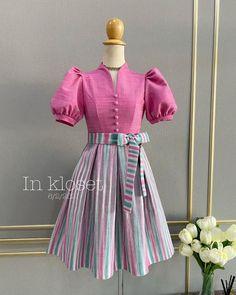 Pretty Dresses For Kids, African Dresses For Kids, Stylish Dresses For Girls, Girls Frock Design, Kids Frocks Design, Baby Frocks Designs, Cotton Frocks For Kids, Frocks For Girls, Girls Dresses Sewing