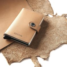 The wallet that goes with everything.. • #Secrid