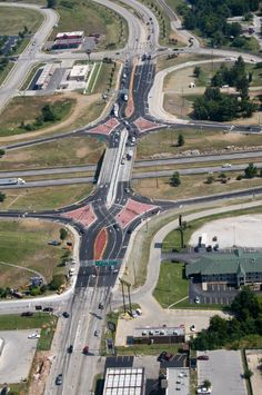 The Merits of the Diverging Diamond Interchange...looks interesting...just don't see the advantage
