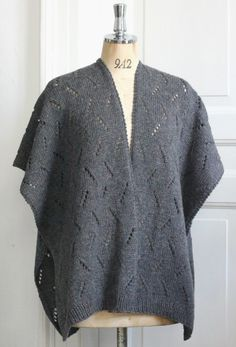 Strik til dig Archives - Side 4 af 9 - susanne-gustafsson. Shawl Cardigan, Knitted Shawls, Knit Crochet, Knitting Patterns, Men Sweater, Tunic Tops, Sweaters, Cardigans, Dresses