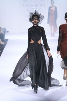 Surbhi Shekhar. LFW A/W 14'. Indian Couture.