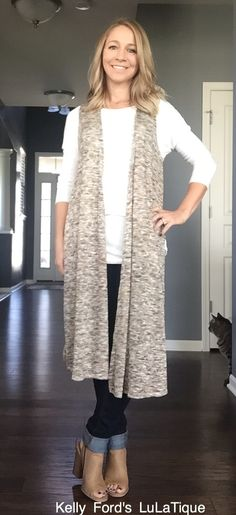 15 Insanely Helpful LuLaRoe Outfit Style Ideas Every Woman Needs Right Now Lula Outfits, Spring Outfits, Casual Outfits, Fashion Outfits, Womens Fashion, Fashion Ideas, Fashion Fashion, Fashion Tips, Style Inspiration