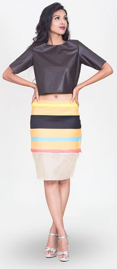The detachable #skirt is bright and bold. And can get long and short right in time.