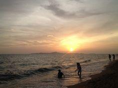 Just Jomtien: Jomtien Beach Snapshots