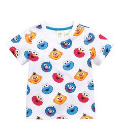 Short-sleeved T-shirt in cotton jersey with a printed design. Snap fasteners on one shoulder. Toddler Boy Outfits, Toddler Boys, Baby Kids, Kids Outfits, Baby Boy Fashion, Cute Fashion, Kids Fashion, Cute Boys, Cute Babies